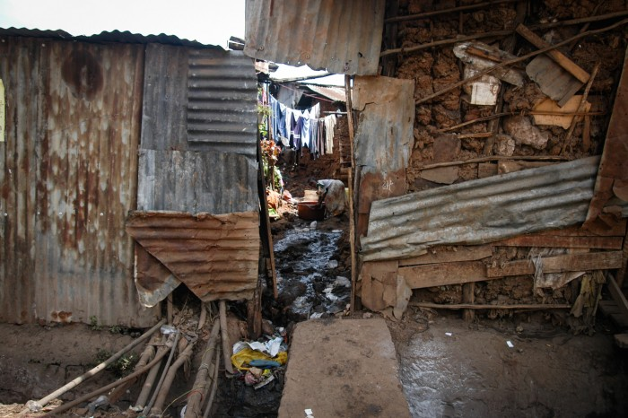Kibera slum, Nairobi, Kenya (Photo: Sean Hawkey)