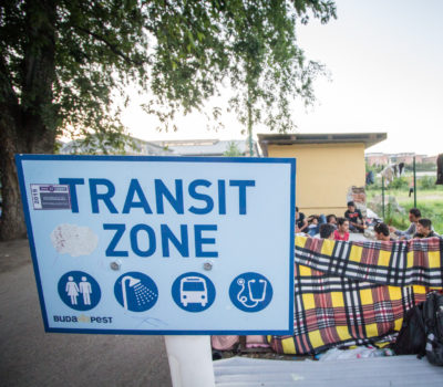 Image of 'Transit Zone' sign